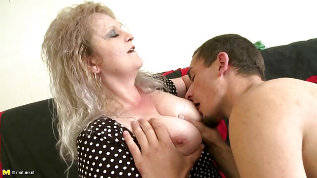 Blondie エッチ 動画 無料 女の子 masturbatesとcumsハード
