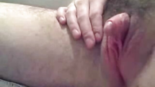 女の子は公共の場で膣試験を受ける セックス 女性 動画