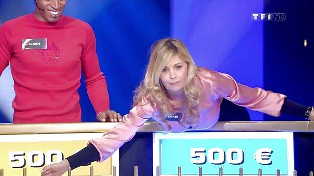 競争の中で美しい売春婦、誰がより速く酔ってしまいますか? エッチ 動画 女性 無料
