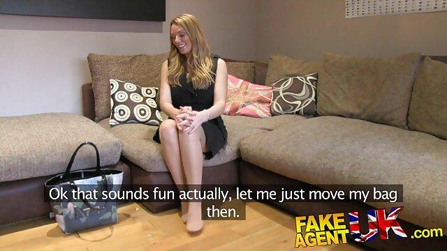 彼女は友人にフェラチオを与えるのが大好きです 女の子 の ため の エッチ な 無料 動画