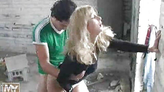 男温brunettesクソとともにハード肛門とcumsと荒いで彼女の口 女の子 の ため の エロ 動画 無料